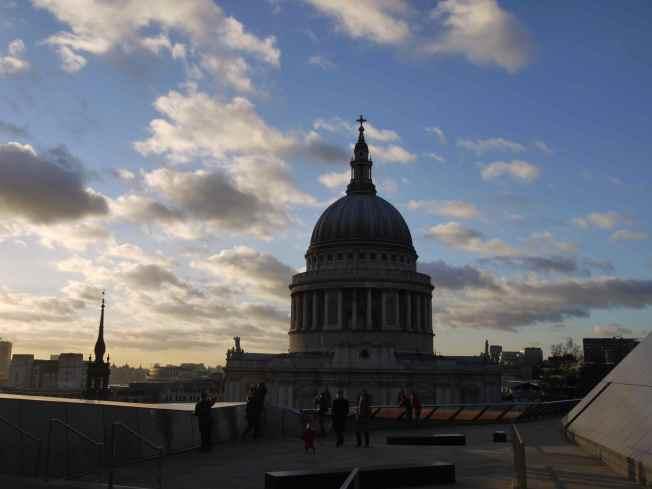 St Paul's Silhouette