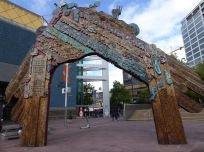 Waharoa gateway sculpture by Selwyn Muru